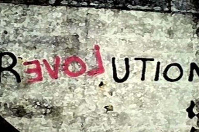 La rivoluzione zoppa